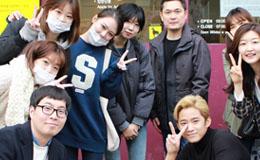 [스토리] 유기견들의 다친 마음을 위로해준 FNC식구들