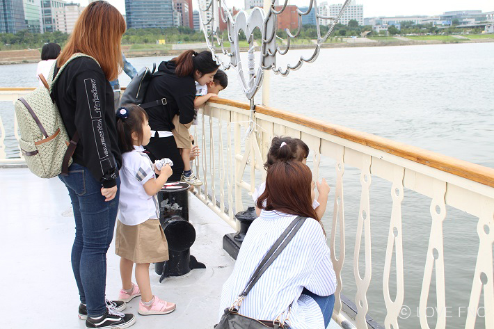 [스토리] 아이들과 함께 한강 유람선을 타고 왔습니다!